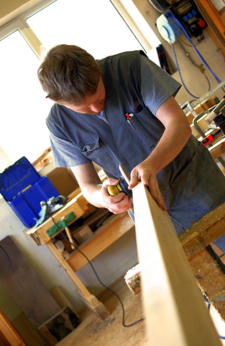 Titelbild Tischler (m/w) mit Aufstiegsmöglichkeiten zum Werkstattleiter